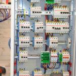 Сборка электрощита для дома
