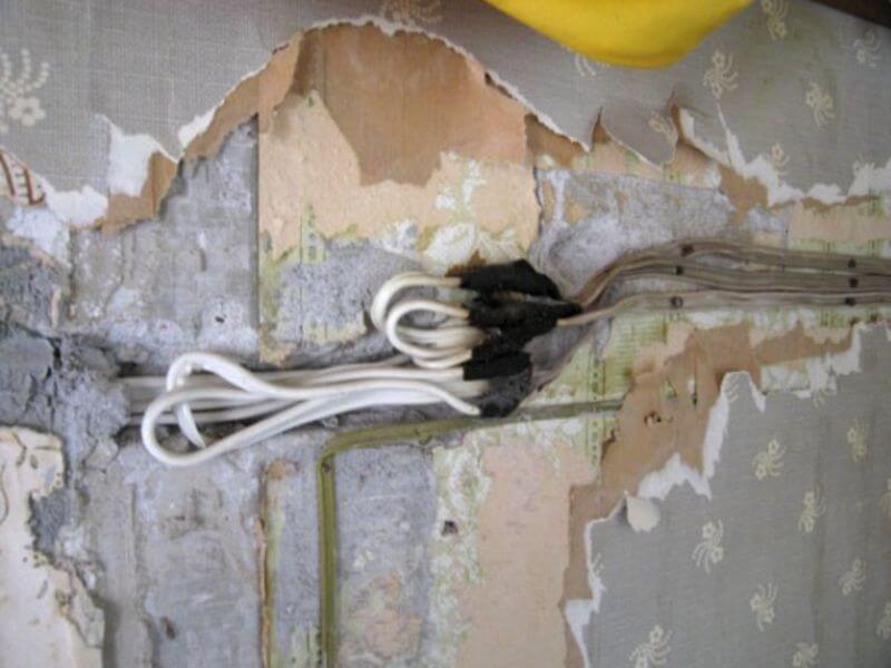 Монтаж электропроводки, замена электропроводки в квартире цена, в частном доме, прокладка и подключение проводки, Замена электропроводки стоимость.